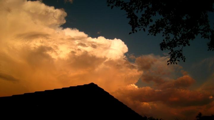 Clouds... sans burst!
